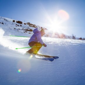 How to Stay Fit and Lose Weight this Winter by Skiing