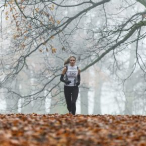 Pros and Cons of Running Outdoors